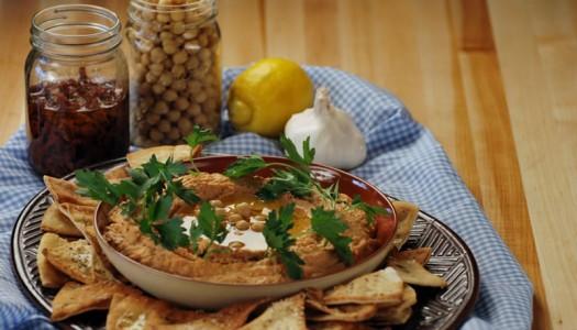 Dried Tomato Hummus with Pita Crackers
